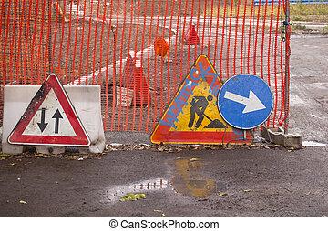 Road signal, work in progress - Various road signal, work in...
