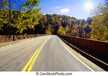 Road through Appalachians - Bridge across the Cumberland...