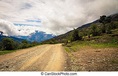 roaroad in mountains peru