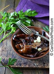 roasted wild mushrooms with garlic, food