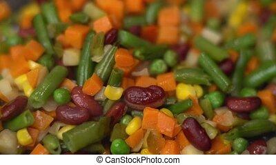 Roasting tasty vegetables, 4K