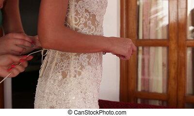 robede mariée, mariée, dentelle, demoiselle honneur