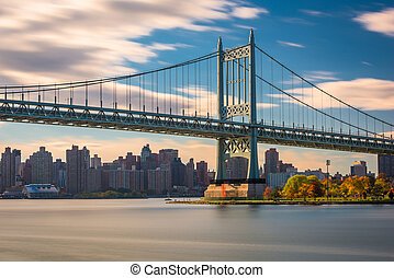 Robert F. Kennedy Bridge in New York City spanning the East ...