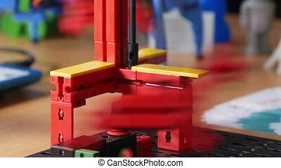 Robotics simulator model computer controlled - Automatic...