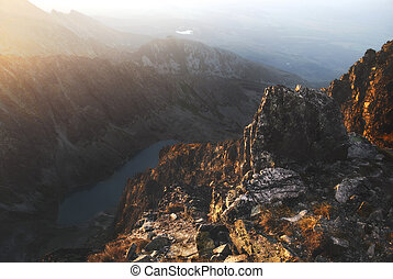 rocas, en las montañas