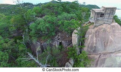 rochers, et, montagnes, à, forêt, arbres, prise vue aérienne