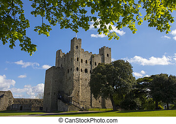 A view of the magnificent keep of Rochester Castle in the historic city of Rochester in Kent, UK.
