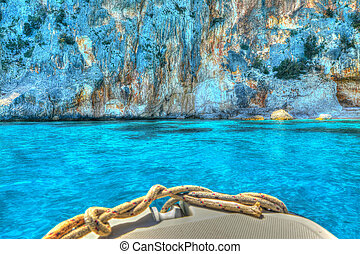 rocheux, golfe, atteindre, côte, orosei, bateau