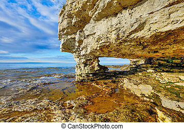 Rock Arch at Cave Point