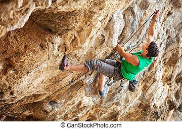 rock bergsbestigare, på, a, ansikte, av, a, klippa
