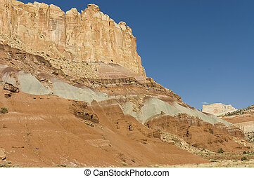 rock formations of Capitol Reef
