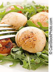 Rocket Salad with Scallops