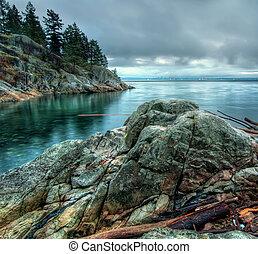 Rocks Along Shore With Cool Tone - Cool tone photo along a ...