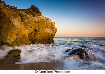 Rocks and waves in the Pacific Ocean, at El Matador State...