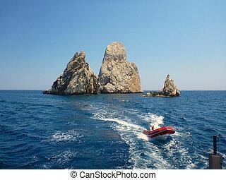 Rocks of Islas Medes 2