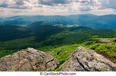 rocks on the edge of a mountain. location Pikui mountain....