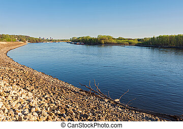 Rocky banks and islands of mississippi river - rocky banks ...