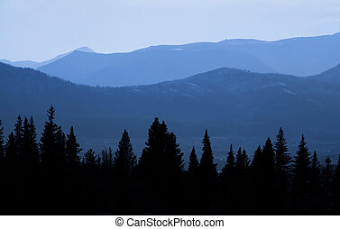 Early morning view of rocky mountains from Bear tooth high way