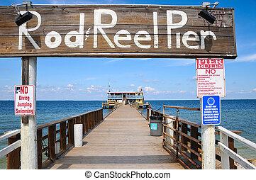 Rod and Reel Public Fishing Pier on Anna Maria Island, FL