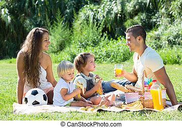 rodiče, piknik, obout si, dcera