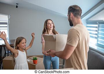 rodina, dobro, jejich, cit, čerstvý, mládě, domů