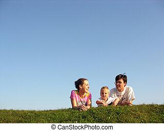 rodzina, na, ziele, pod, niebo