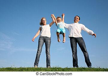 rodzina, trawa, niebo