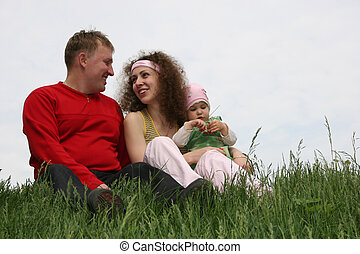 rodzina, z, niemowlę, na, trawa