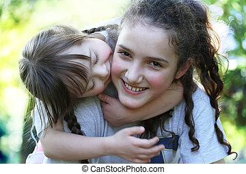 rodzinne chwile, -, mieć, siostry, fun., szczęśliwy