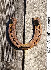 roestige , paardenhoef, spijkervast, op, oud, wall., geluk,...