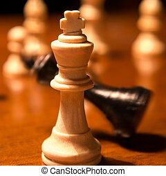 roi, tomber, échecs