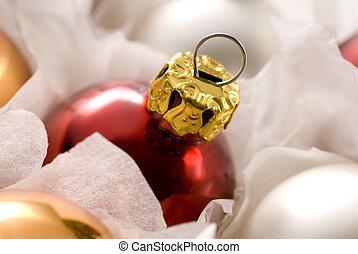 rojo, pelota de navidad, en caja
