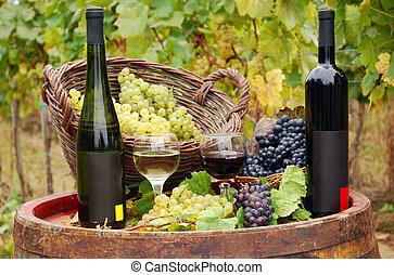 rojo y blanco, botellas de vino