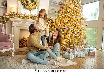 rok, mládě, feeeling, sedění, strom, právě rodinný, šťastný