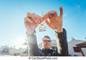 rolig, keychain, format, stämm, hus, fästen, färsk, främre del, hem, man, lycklig