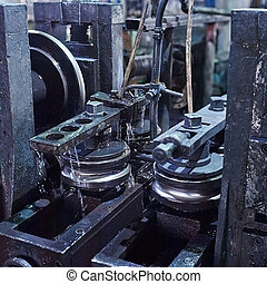 Rolling forming rolls metal works on manufacture of pipes....