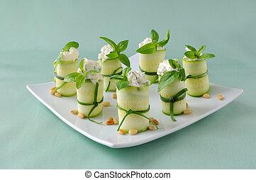 Rolls zucchini - Rolls of zucchini stuffed with ricotta and...