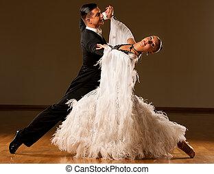 romántico, baile de salón de baile, pareja, exposición, preform, profesional