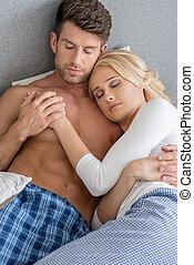 romántico, edad media, sexy, pareja, sueño, cama
