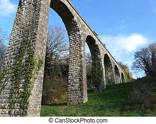 Roman Aqueduct - Arched Roman aqueduct near Poitiers in...