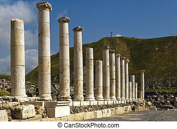 Roman columns in Israel Beit Shean