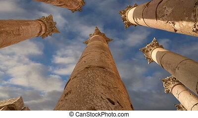Roman Columns,Jerash,Jordan - Roman Columns in the Jordanian...