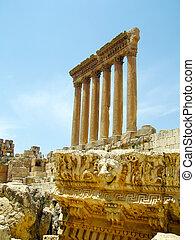 roman ruïnes, van, baalbek, acropolis;, lebanon.