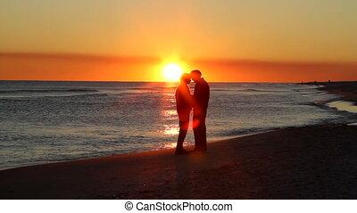 romance, coucher soleil, retraités