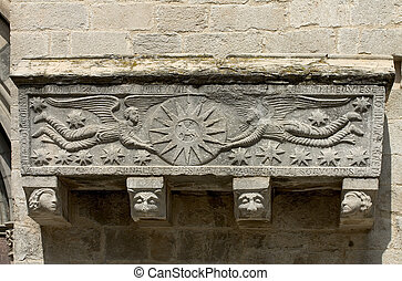Romanesque art - Romanesque sarcophagus in Girona cathedral,...