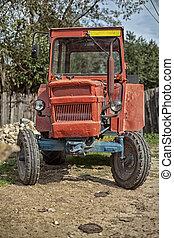 romania gamla, traktor, årgång, by, väg