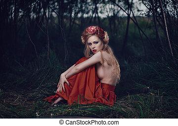 Romantic blond woman - Art fashion portrait of young blond...
