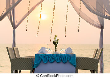 romantic dinner setting