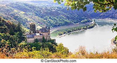 Romantic Rhine valley. Scenery of Germany. View of Katz...