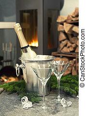 romantische , gedeckter tisch , mit, champagner, und, kaminofen
